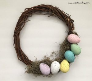 Get into the Easter Spirit with this super cute DIY Easter Wreath by Seaside Sundays