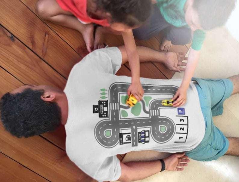 Play Mat T Shirt
